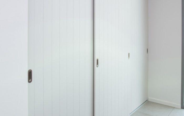Placard sur mesure aux portes coulissantes du type campagnard
