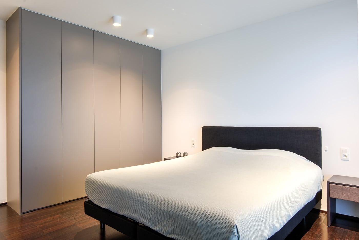 Maatkast in slaapkamer 1