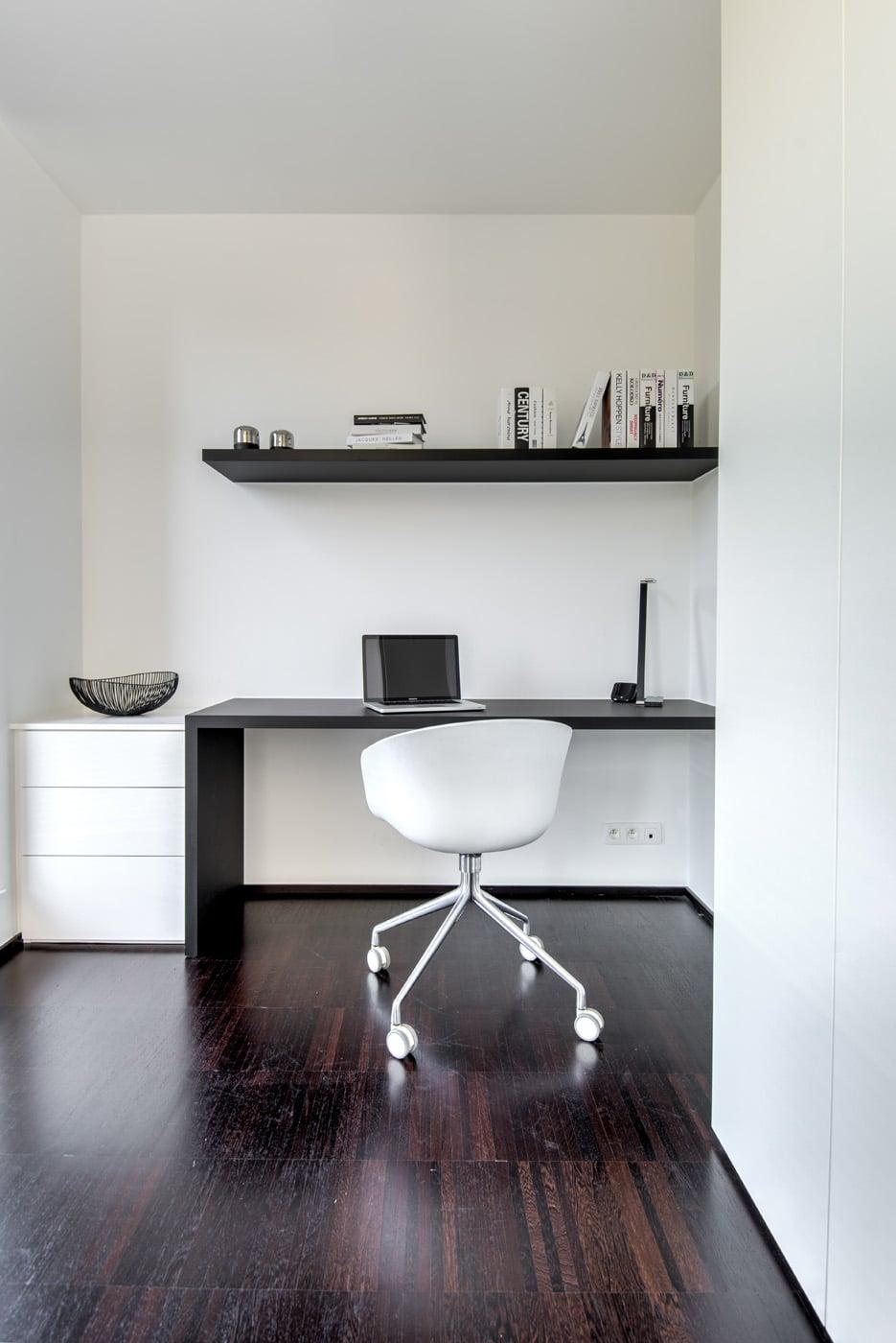 Modern bureau zwart wit 5
