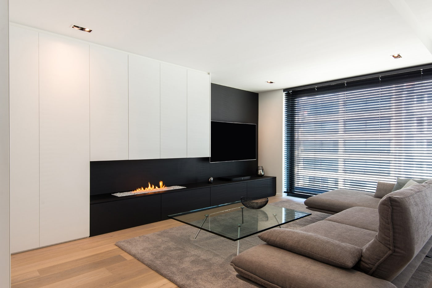 Wand En Tv Meubel.Tv Meubelen Op Maat Voor Een Uniek Interieur Dm Line