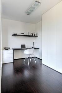 Modern bureau zwart wit 2