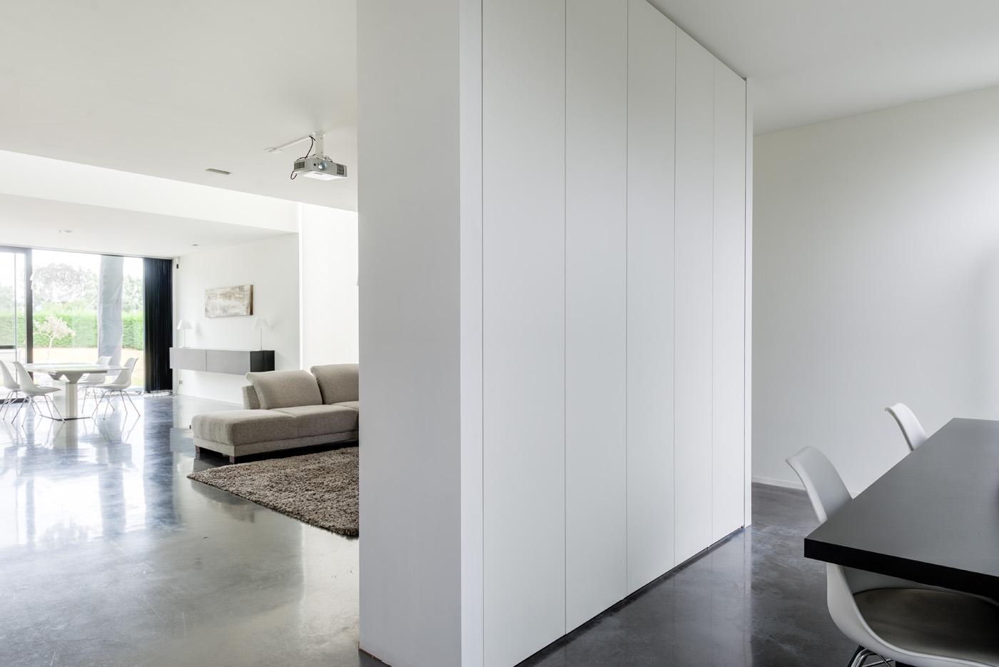 Spiksplinternieuw Scheidingswanden op maat | 2 kamers, 1 ruimte | DM-Line UR-53