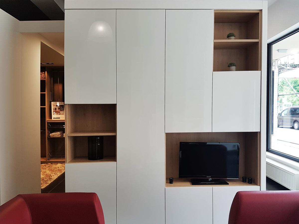Wt tv-meubel met houten details