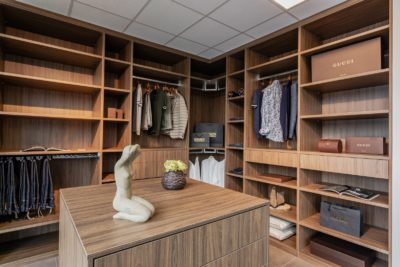 Dressing in walnoot hout