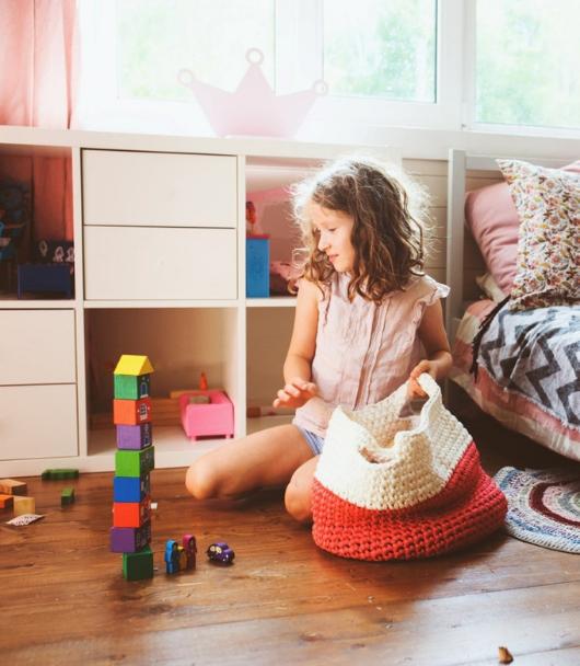 Kinderkamer opruimen blokken torentje