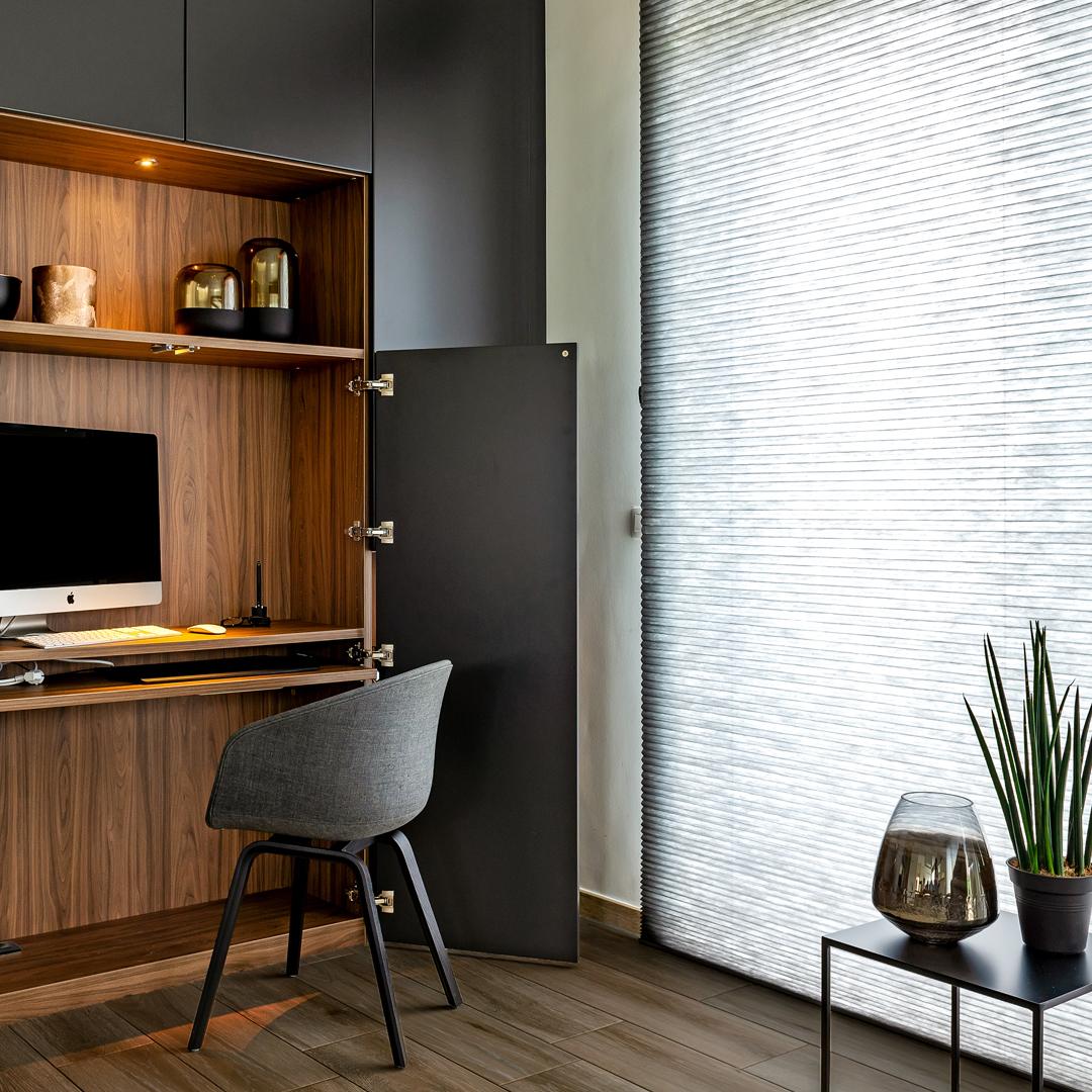 Tv-meubel met bureau