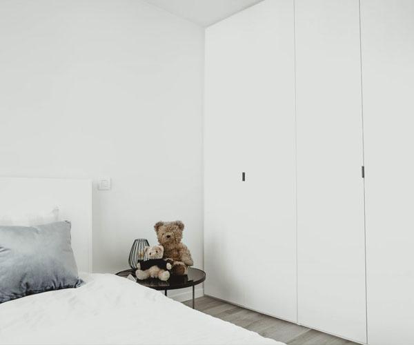 Witte slaapkamerkasten op maat