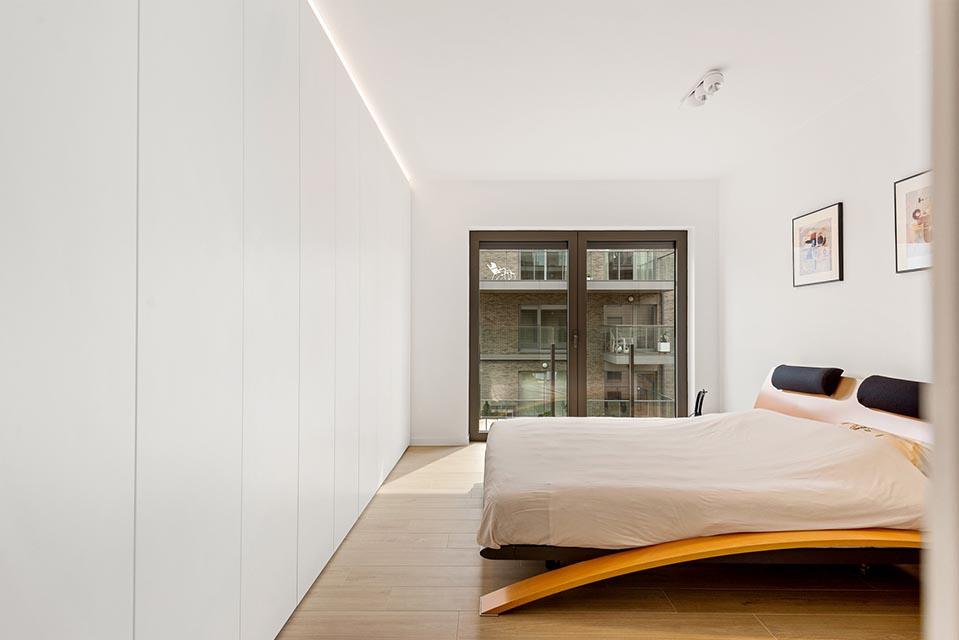 moderne slaapkamerkasten bieden voldoende opbergruimte voor garderobe van bewoners
